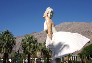 A26-foot tall Marilyn Monroe!