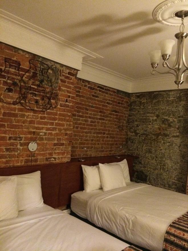 Our cozy room at Hotel Manoir de l'Esplanade