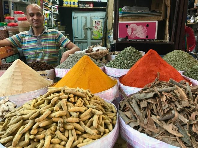 Fez spice vendor